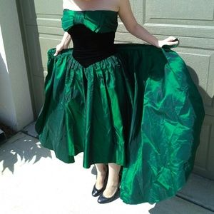 Vintage Green & Black Bow High Low Edgy Prom Dress